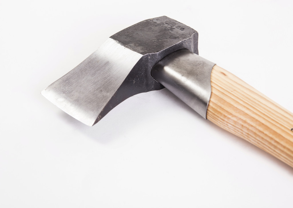 splitting axe